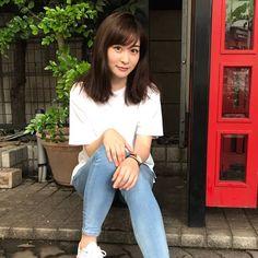 岩田絵里奈の美容法|愛用コスメのリップ、白い服にナチュラルメイクが似合う女子アナ