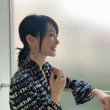 森口瑤子の美容法|ヘアスタイルがかわいい美魔女、50代のメイクが参考になる