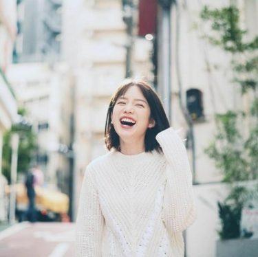 弘中綾香の美容法|20代のメイクが参考になる!髪型、衣装、私服もかわいい